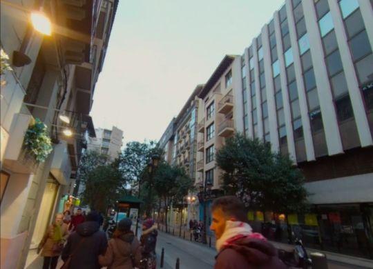 Vídeo calle Don Jaime I con gente paseando.